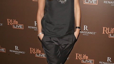 Esquire's Sexiest Woman Alive Parties With RLife LIVE | StyleCaster