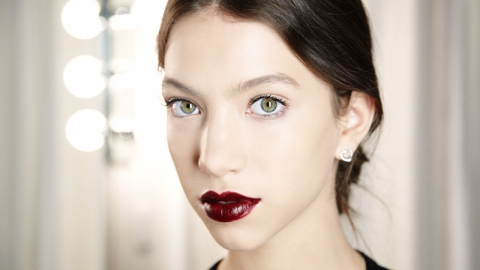 Go Bold: Get A Perfect Burgundy Lip | StyleCaster