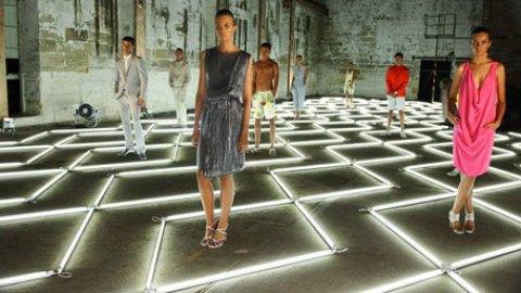 Calvin Klein Goes Down Under | StyleCaster