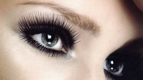 Rogaine for Lashes | StyleCaster