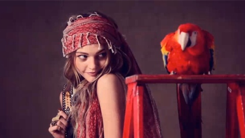 Sasha P. Cuter Than A Baby Tiger For Free People (Video)   StyleCaster