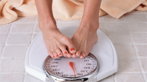 10 Tricks To Help You Lose Weight | StyleCaster