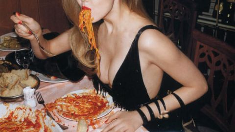 Lindsey Wixson Chows Down in Editorial, Prada Worth $15 Bil | StyleCaster