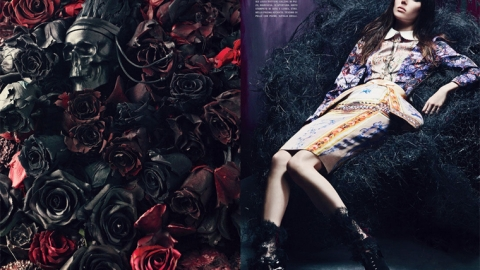 Arizona Muse and Ruby Aldridge Get Gothic In Vogue Italia   StyleCaster