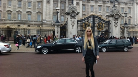 What Andrej Pejic ACTUALLY Wore To Meet The Queen! | StyleCaster