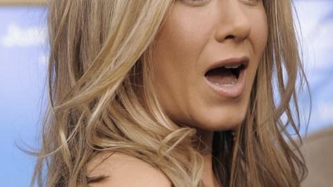 Jennifer Aniston: True Hipster Poster Girl? | StyleCaster