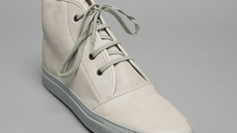 Mens Must: Common Projects Desert Boot   StyleCaster
