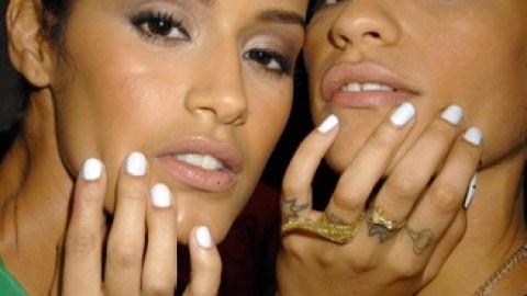 Snow White Nails   StyleCaster