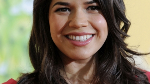 Ugly Betty Watch: She Gets Her Braces Off! | StyleCaster