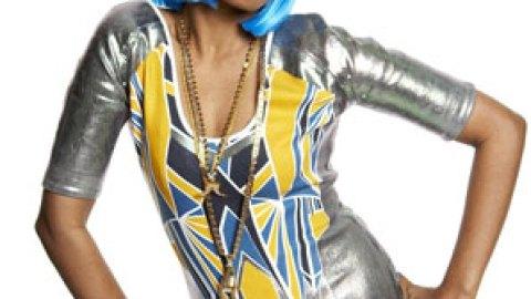 "MIA: ""Paper Planes"" Singer Wears Goodwill Suit to Meet La Wintour | StyleCaster"