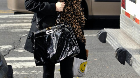 Gossip Girl Set: A Winter Wardrobe Change   StyleCaster