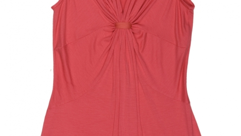 Support Breast Cancer Awareness with an Easy Tank | StyleCaster