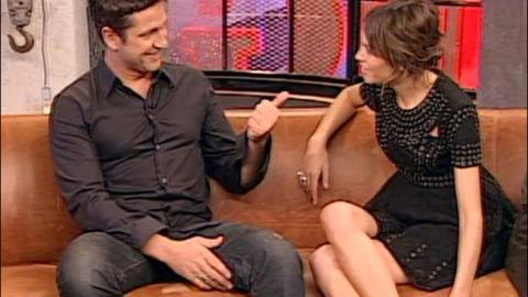MTV: Alexa Chung Hosts Gerard Butler, He Admits to Threesome Amongst Other Inappropriate Behavior   StyleCaster