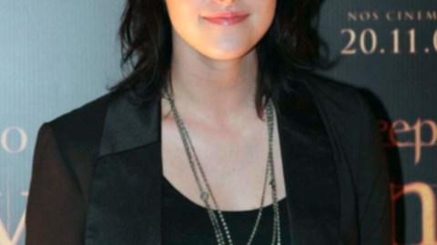 Celeb Gossip: Kristen Stewart Takes on Angelina | StyleCaster
