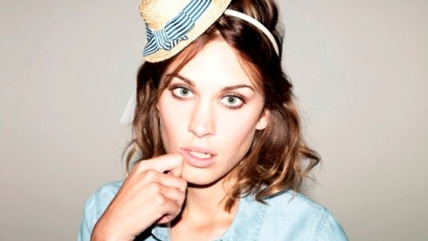 Alexa Chung, Kate Moss, and More Up For British Fashion Award | StyleCaster