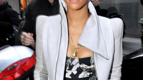 Rihanna Single No More? Rumored to be Dating 90210's Tristan Wild | StyleCaster