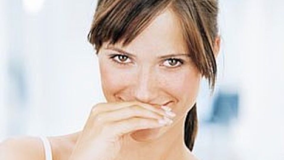 Do You Have Bad Breath? 3 Instant Cures   StyleCaster