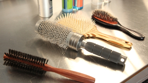 How to Find the Best Hair Brush For Your Individual Hair | StyleCaster