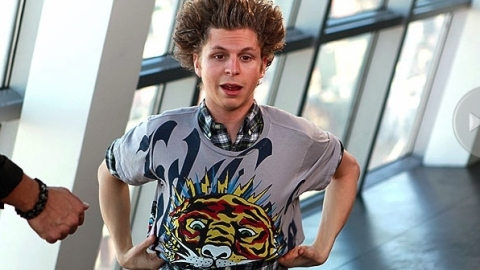 Michael Cera Gets a Jersey Shore Makeover | StyleCaster