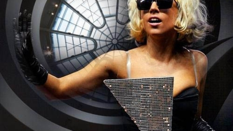 X Factor Show: Simon Cowell to Bring on Lady Gaga as Judge? | StyleCaster