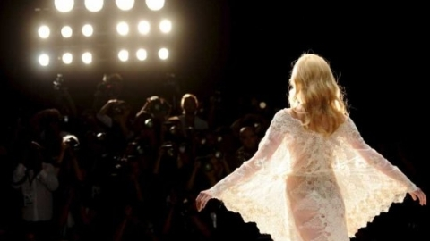 Fashion Week 2010: London Launches Digital Schedule | StyleCaster