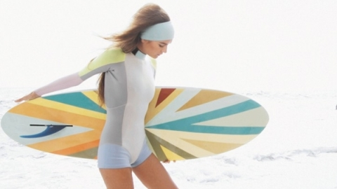 Cynthia Rowley Collaborates with Roxy & More Wave-Rider Inspired Looks From Spring '10 | StyleCaster