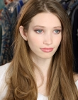 Summer Makeup: How To Get The Perfect Lilac Smoky Eye For Night