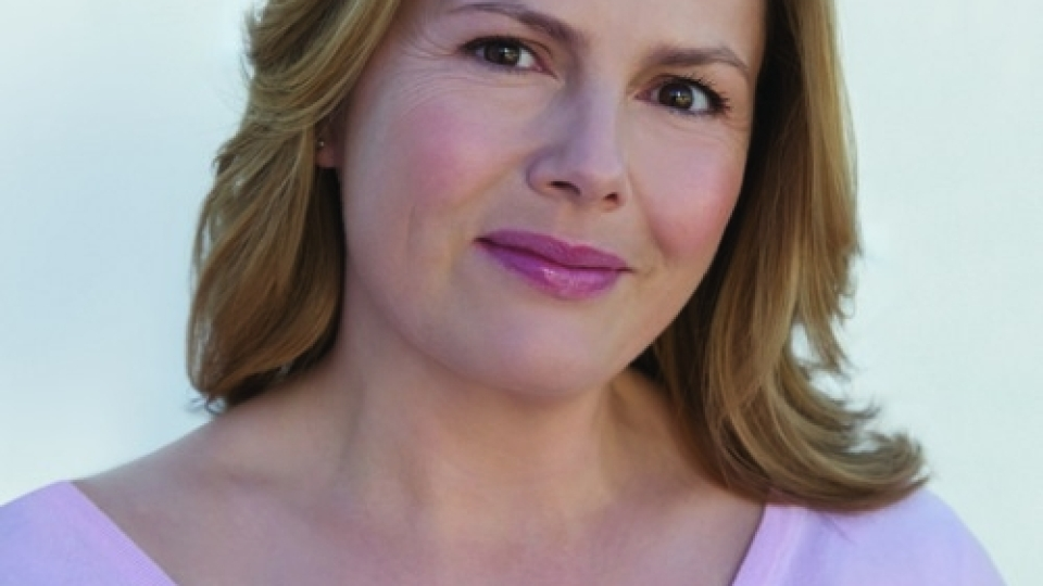 Liz Earle Offers 6 Simple Steps To Looking & Feeling Healthier | StyleCaster
