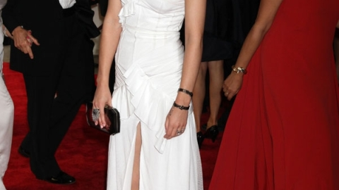 Bridezilla? Celebs Go For White Gowns At Met Costume Institute Gala   StyleCaster