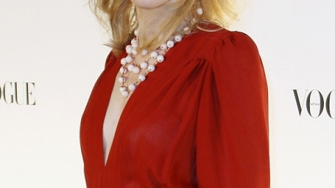 Cate Blanchett Rocks Custom Roger Vivier Boots As Maid Marion In 'Robin Hood'   StyleCaster