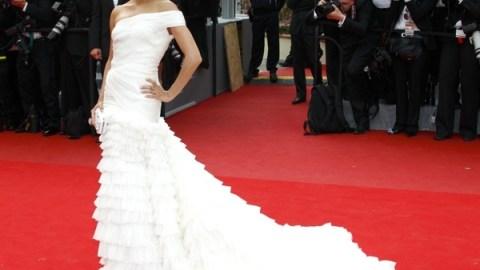 Eva Longoria Parker Is All Drama Queen In Cascading White Emilio Pucci | StyleCaster