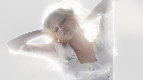 Kate Moss Debuts Topshop SS10 Collection Along With A Sexy Little Video   StyleCaster