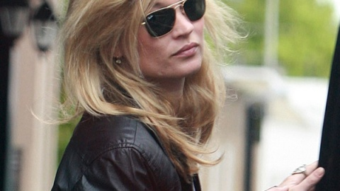Kate Moss' House Covered In Sewage? Fashion Forgives T.I. Of Weapons Charges | StyleCaster