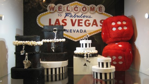 Bee Line: Sin City Shopping Surprises   StyleCaster