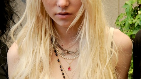 Is Taylor Momsen Already Bored Of Men? Nina Garcia Signs With Target! | StyleCaster