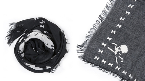 Steal Of The Week: Eryn Brinie's Skull Scarf Takes You From Summer To Fall For $60   StyleCaster
