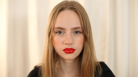 How To Get A Bold Red Velvet Lip | StyleCaster