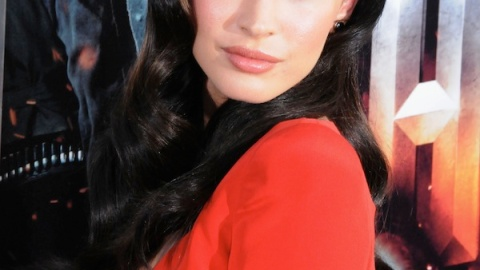 Megan Fox Gets A Job With Giorgio Armani Cosmetics, Gym Rats Should Fear Skin Diseases | StyleCaster