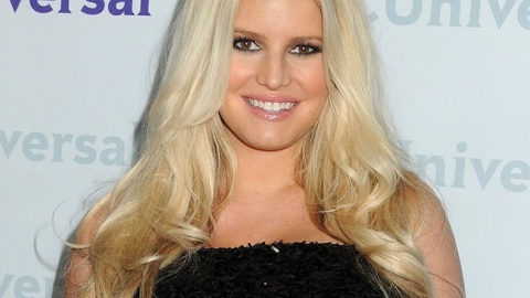 StyleCaster Top 10: Jessica Simpson's Weight Watchers Deal In Jeopardy, No NYC store for ASOS, More | StyleCaster
