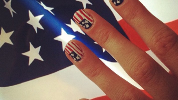 Travel the World With These 20 Flag-Inspired Nail Art Designs