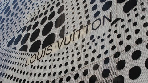 First Look: Louis Vuitton Debuts Infinitely Kusama Collection in New York City | StyleCaster
