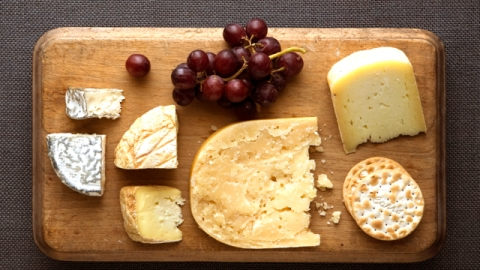 5 Tips for Creating the Perfect Cheese Plate | StyleCaster