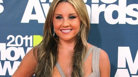 Just What The Fashion World Needs: Amanda Bynes To Start Her Own Line | StyleCaster