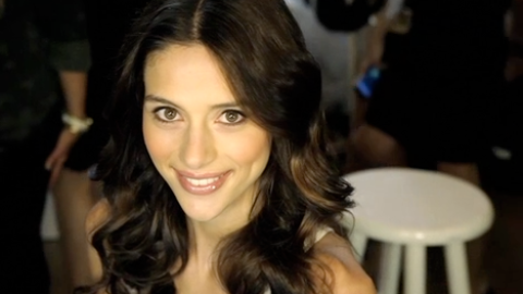 Backstage Beauty: How To Get Beautiful Casual Waves   StyleCaster