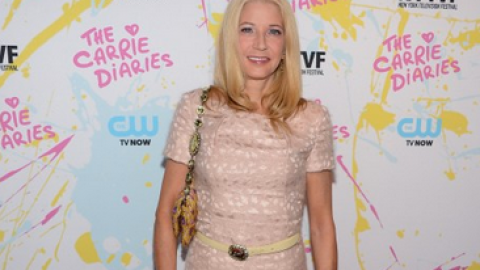 """""""Sex and the City"""" Creator Candace Bushnell on Carrie Bradshaw's Most Iconic Outfit, """"Outrageous"""" Style 