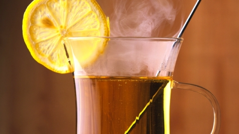 Drinking Guide: A Brooklyn Hot Toddy Tour   StyleCaster