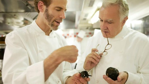 The Vivant's Top 10: Inside Alain Ducasse's 25th Anniversary Bash and H&M's Luxury Line | StyleCaster