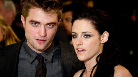 Robert Pattinson Revealed Whether He Still Talks to Kristen Stewart & His Other Exes | StyleCaster