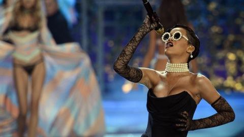 Playlist: Top Tracks Straight Off The Victoria's Secret Runway | StyleCaster