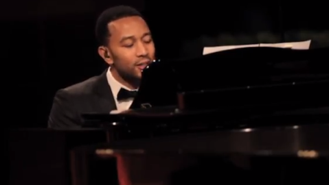 Five Minutes With John Legend: Stylish Singer Dishes On Holiday Plans, Which Grammy-Winner He'd Love To Duet With | StyleCaster